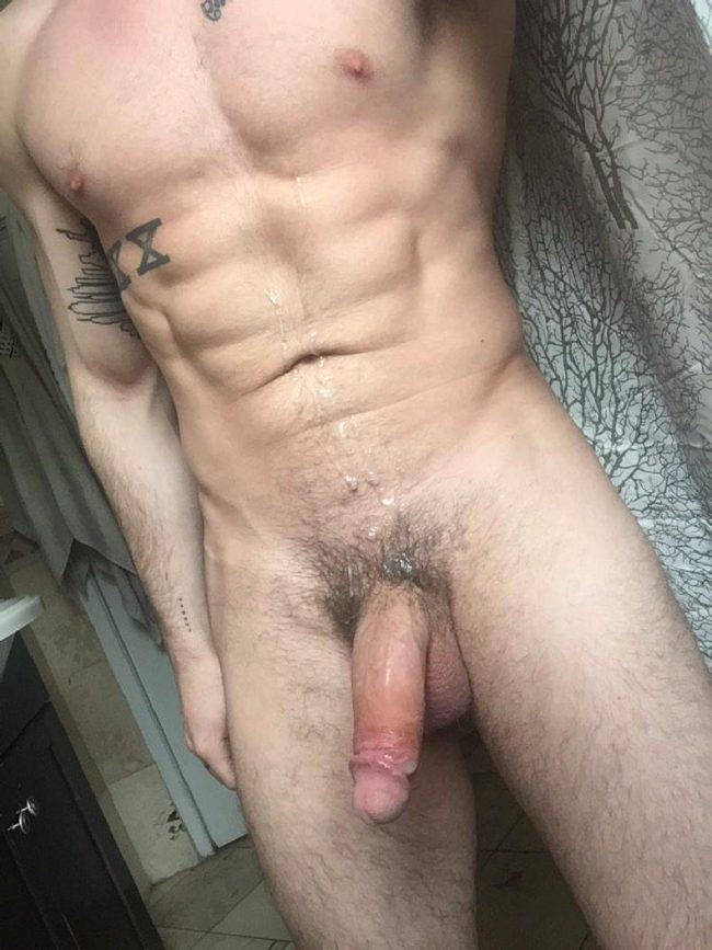 Hunk With Big Cock