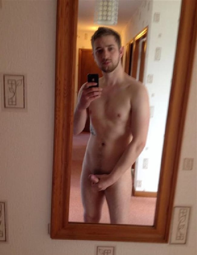 Nude Man Take Mirror Self Pictures - Nude Horny Men