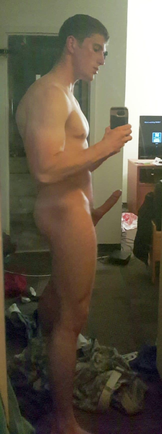 Nude man with boner — pic 7
